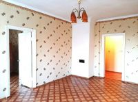 Купить 2-х комн. квартиру 49 кв м с ремонтом в Черноморском 1.2 млн руб