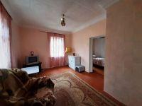 Купить 2-х комнатную квартиру 44 кв м в пгт Черноморский. Цена 1.1 млн руб