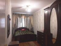 Купить 3-х комн. квартиру в пгт Черноморский 1.55 мл р в центре.