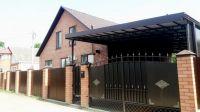 Купить новый, обжитой дом 150 кв м в центре ст. Холмская. Цена 4.5 млн.