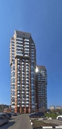 Продаётся двухэтажный офис с отдельным входом 572 м2, м. Озерная 3 мин. пеш.,  расположен на 1-2 этаже современного кирпичного жилого дома (год постройки - 2004).