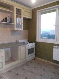 Сдам 2 комнатную квартиру в г.Королев, ул. Мичурина, д.21 52м2. С мебелью. Бытовой техники нет