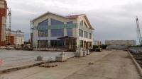 Аренда строящегося бизнес-центра(срок сдачи июнь 2017года)Возможен ремонт и планировка под арендатора= от 100м2 до 750м2.Цена от 400руб за м2.
